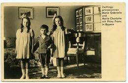 GERMAN ROYAL FAMILY : ZWILLINGS PRINZESSINNEN MARIE GABRIELLE UND MARIE CHARLOTTE MIT PRINZ FRANZ IN BAYERN - Royal Families