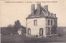 C15- NEUVILLE SUR TOUQUES DANS L'ORNE  PAVILLON DE L'ANCIEN CHATEAU  CPA   CIRCULEE - France