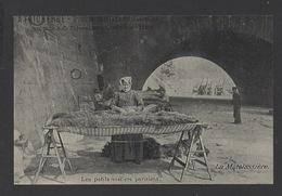 DF / 75 PARIS / PETITS MÉTIERS / LA MATELASSIÈRE - Artisanry In Paris
