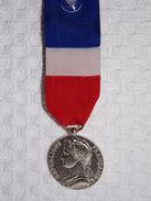 Médaille Du Travail - Année 1989 - Argent - A. Borel - France