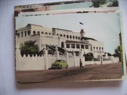 Tanzania Tanganyika Zanzibar Palace And Old Car - Tanzania