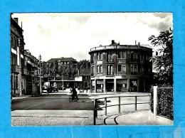 MERLEBACH   -   ** PLACE DE LA GARE **   -   Photo : M. PIERRON  -  Editeur : Collection Lorraine   N° 389 - Freyming Merlebach