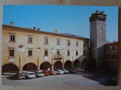 816 - Cartolina Trevi (Perugia) Piazza Giuseppe Mazzini Automobili Ediz.Marioli Non Viaggiata - Altre Città