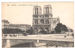 POSTAL  - PARIS  -FRANCIA  - NOTRE-DAME ET LE PONT ( NOTRE DAME Y EL PUENTE ) - Notre Dame De Paris