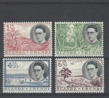 Nr 196-99 ** - 1948-61: Neufs