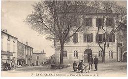Place De La Mairie - La Cavalerie