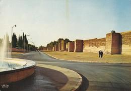 MAROC---MARRAKECH---les Remparts---voir 2 Scans - Marrakech