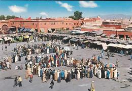 MAROC---MARRAKECH---la Place Djemaa El F'na---voir 2 Scans - Marrakech