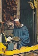 MAROC---artisan Fabricant De Babouches---voir 2 Scans - Maroc