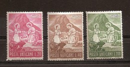 Vatikan 1965, Nr. 487-489, Weihnachten, Heilige Familie In Peruanischer Landestracht Vor Machu Picchu Postfrisch Mnh ** - Vatikan