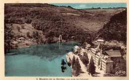 10 - Hospice De La Devèze (Cantal) - Près De Pierrefort (Cantal) - Vue Prise Du Calvaire - Hélias - Kerken En Kloosters
