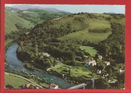 CAMBO LES BAINS - Dépt. 64 - Vue Panoramique Aérienne - Les Thermes Et La Nive  - CPSM - Cambo-les-Bains