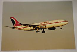 Foto Bild Flugzeug Fluglinie Pegasus Airlines Türkei Airplane - Luftfahrt