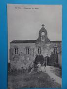 17 : ILE D'AIX : EGLISE Du Xiéme Siécle ,C.P.A Carte En Très Bon état , Animée - Iglesias Y Catedrales