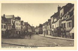 Cpa Breteuil Sur Noye - Place Du Monument - Breteuil