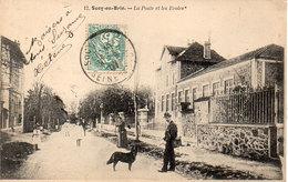 SUCY EN BRIE - La Poste Et Les Ecoles    (92818) - Sucy En Brie