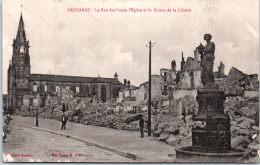54 BACCARAT - La Rue Des Ponts Et Statue De La Liberté - Baccarat