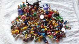 700 G De Figurines Personnages Disney Et Autres Jouets MacDo Ou Kinder Surprise - Other