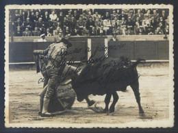 Foto Mateo. Barcelona *Francisco Navarro* Con Texto Autógrafo. Meds: 115 X 84 Mms. Tampón Al Dorso. - Fotos Dedicadas