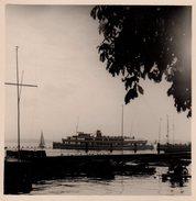 Photo Originale Bateau De Croisière & Voiliers Au Bord D'un Lac - Boten