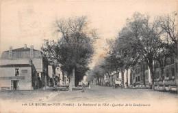 85 - La Roche-sur-Yon - Le Boulevard De L'Est - Quartier De La Gendarmerie Animé - La Roche Sur Yon