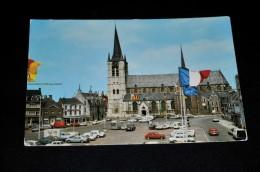 27- Geel, St. Amanduskerk / Auto's - Geel