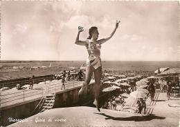 PIN-UP  Viareggio  Ragazza Al Mare In Costume Gioia Di Vivere  Spiaggia - Pin-Ups