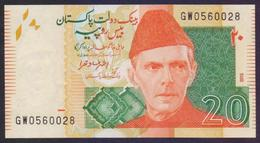"PAKISTAN BANKNOTE 2015 - Rs.20 Rupees New Note, Signature: Ashraf Vathra, Prefix ""GW"" 0560028 UNC - Pakistan"