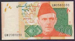 "PAKISTAN BANKNOTE 2015 - Rs.20 Rupees New Note, Signature: Ashraf Vathra, Prefix ""GW"" 0560030 UNC - Pakistan"