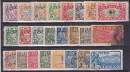 REU 10 - REUNION Lot De 24 Val. Obl. - Réunion (1852-1975)