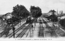 611Bce  01 Sathonay Interieur De La Gare Train En TBE - Francia