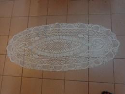 Centre De Table Ovale  106x45cm Blanc - Dentelles Et Tissus