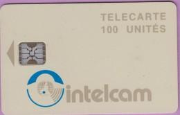 Télécarte Cameroun °° Intelcam 100 Unités - Sc5 -  Grand Embouti  0865  R / V   **  T B E - Cameroun