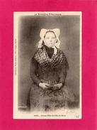 BRETAGNE PITTORESQUE, Jeune Fille De L'Ile De Batz, Animée, (Waron) - Costumes
