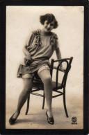 FEMME.....ANIMEE...BAS... JARRETELLES....C904 - Nus Adultes (< 1960)