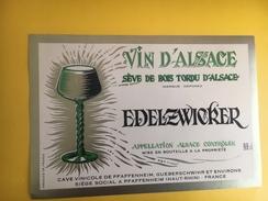 2616 - Alsace  Edelzwicker Sève De Bois Tordu D´Alsace - Etiquettes