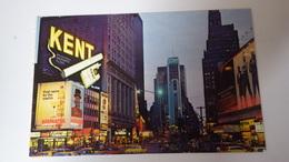 USA - NEW-YORK. Times Square At Night. PUBLICITE CIGARETTE KENT, MARTINI,COCA-COLA. - Time Square