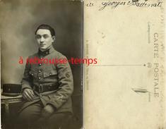 Carte Photo-voir Insigne Manche-roue?-jeune Soldat Identifié Au Dos Du 8e Régiment-photo Brunon Rue Thiers à Troyes - Guerre, Militaire