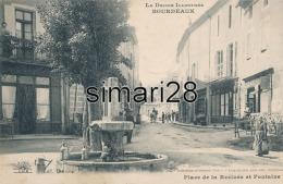 BOURDEAUX - PLACE DE LA RECLUSE ET FONTAINE - Frankreich