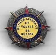 Mutilés  Réformés Et Veuves De Guerre-  Insigne émaillé Paris Art -  Diamétre 27 Mm - Insignes & Rubans
