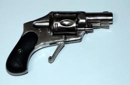 Révolver Bulldog Hammerless Calibre 320 Mm Poudre Noir - Armas De Colección