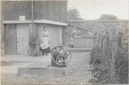 27 Photo LAVERGNE à VERNON. Deux Femmes Et Petite Fille - à Situer - Vernon