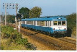 SARTHE N° 23  Train Express Caen Tours à St Germain Sur Sarthe  Scan Recto Verso, Explications Au Dos - Treinen