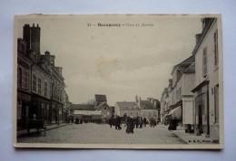 45 -  BEAUGENCY - Place Du Martroi Animée - Beaugency