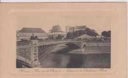 """44 LOIRE ATLANTIQUE NANTES  """"vue Sur Le Chateau Place De La Duchesse Anne """"   N° - Nantes"""