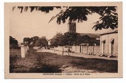 ZIGUINCHOR (SENEGAL) - L'EGLISE, SORTIE DE LA MESSE - Senegal