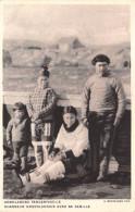 ¤¤   -   DANEMARK   -   GROENLAND   -   Chasseur Groenlandais Avec Sa Famille      -  ¤¤ - Danemark