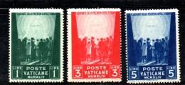 V34 - VATICANO PIO XII 1945, Pro Prigionieri  Serie N. 99/101 *** MNH . 3ma Emissione - Vaticano