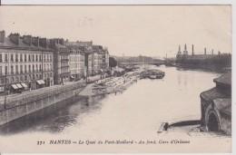 """44 LOIRE ATLANTIQUE NANTES """"  Le Quai Du Port Maillard Au Fond Gare D'Orléans""""  Nozais  N° 371 - Nantes"""
