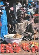 Gf. COULEURS D'AFRIQUE. La Marchande De Tomates. 109 - Unclassified
